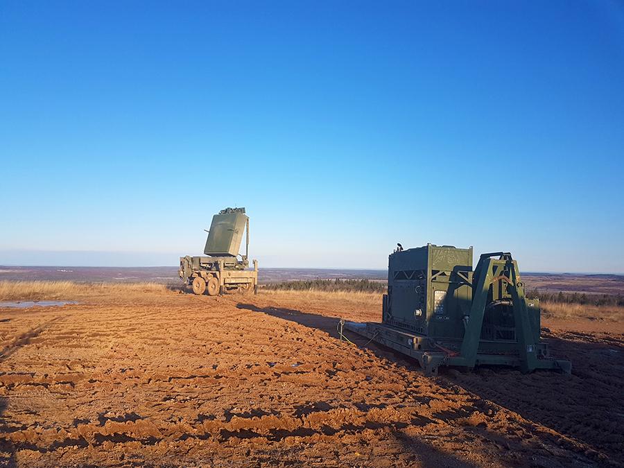 mack defense veicoli Photo-Med-Range-Radar1