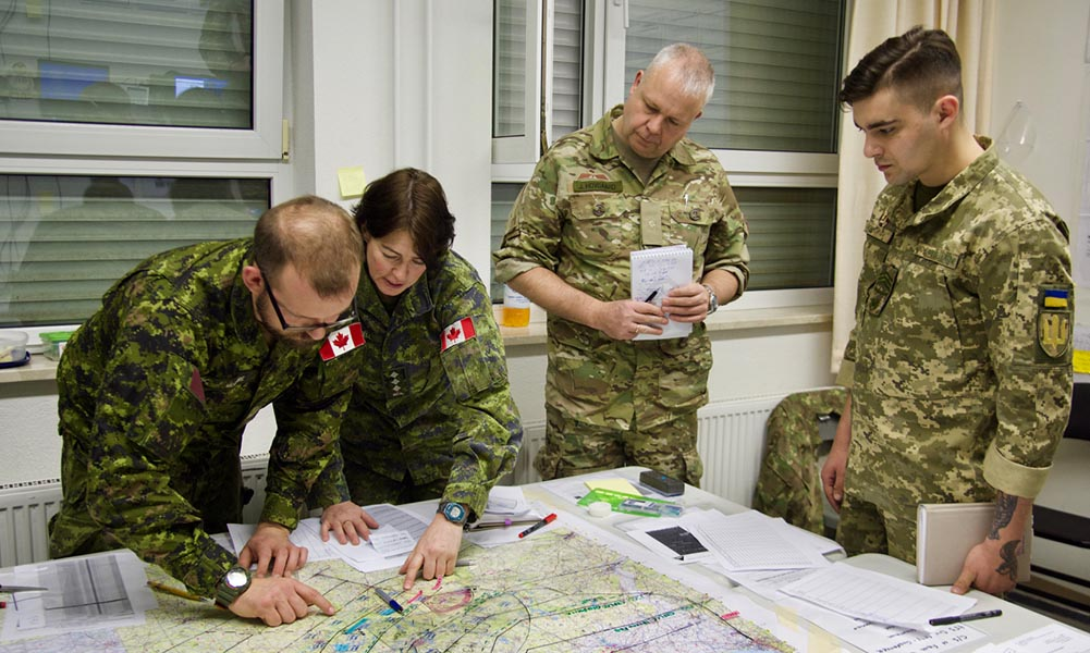 Canadian gunners train with international counterparts