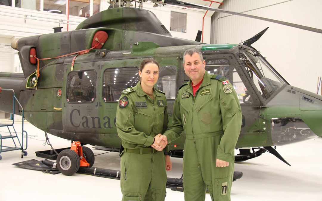 Second woman in the Canadian Army to receive her door gunner badge
