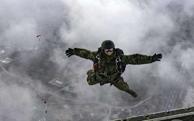 Paratrooper: Airborne with the Army's advanced warfare centre