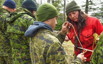 Canadian Rangers teach enhanced wilderness survival